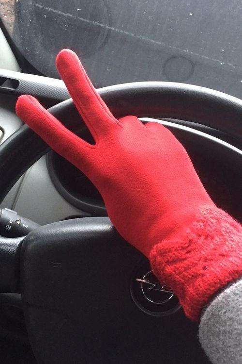 купить женские перчатки